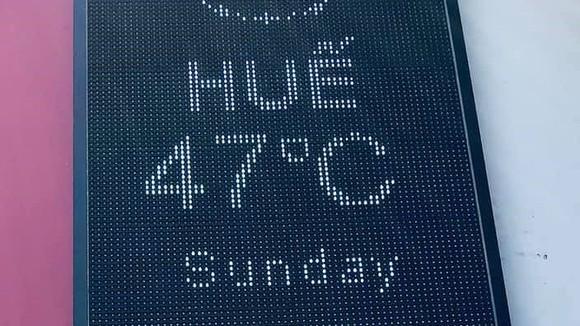 Nắng nóng đạt mức 47 độ C tại TP Huế.