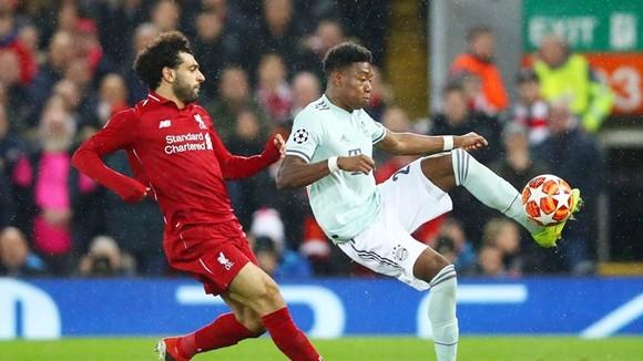 Liverpool (trái) không thể vượt qua Bayern Munich dày dạn kinh nghiệm. Ảnh: Getty Images