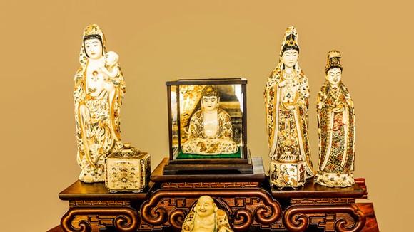 Ánh Đạo Vàng trên gốm cổ Nhật Bản