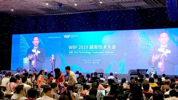 Hội thảo về công nghệ blockchain thu hút hơn 1.000 khách mời tham dự