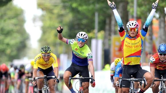 Tay đua Trần Tuấn Kiệt lại có cơ hội mừng chiến thắng. Ảnh: NGUYỄN NHÂN