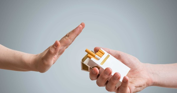 i smoking bad Smoking is bad for your health there is an overwhelming amount of evidence that suggests that smoking is bad for your health and can cause cancer additionally, research also suggests that second-hand smoke, the smoke breathed by those in the vicinity of smokers, can also cause health problems in.