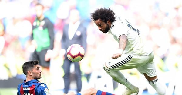 Real Madrid - Viktoria Plzen: Hung tợn như con thú bị thương