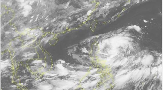 Xuất hiện rãnh áp thấp gây mưa lớn ở miền Trung
