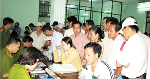 HCMC Police Holds Poll