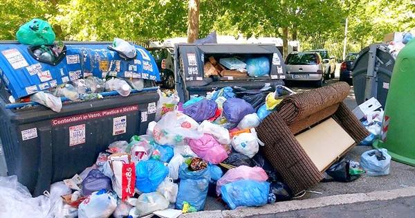 Image result for cách xử lý rác ở Rome