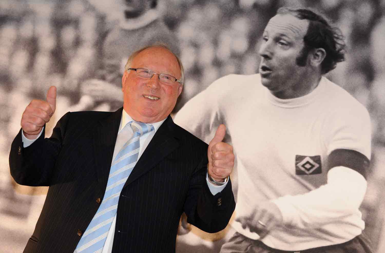 Kết quả hình ảnh cho Tiểu sử về Uwe Seeler