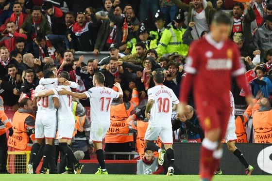 """Liverpool để Sevilla cầm hòa: Cái tội… """"ngây thơ"""" ảnh 3"""