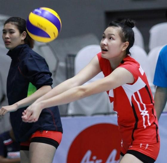Chung kết giải bóng chuyền trẻ các CLB nữ Việt Nam 2017: Cuộc chiến cân não! ảnh 3