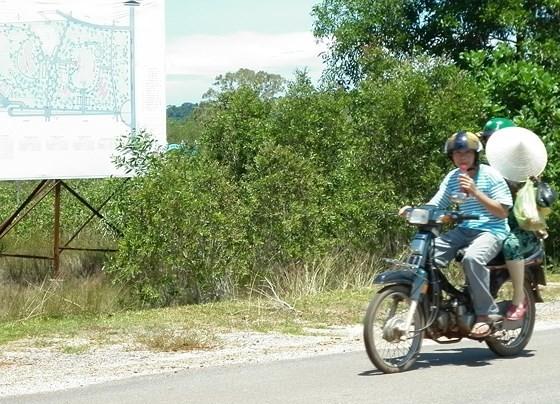Chủ tịch UBND Kiên Giang chỉ đạo tạm dừng phân lô, tách thửa ở Phú Quốc ảnh 1