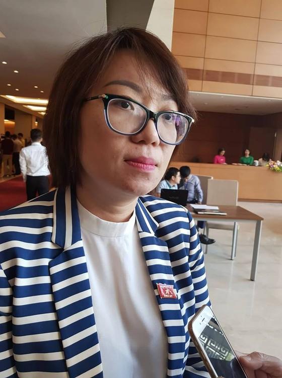 ĐB Phạm Thị Minh Hiền: Mong Bộ trưởng trực diện vấn đề, giáo dục rất cần sự chuẩn mực ảnh 1