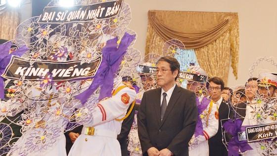 Nhiều đoàn ngoại giao đến viếng nguyên Thủ tướng Phan Văn Khải ảnh 6