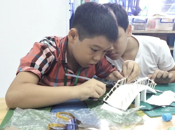 Trẻ em Làng SOS thiết kế TPHCM thông minh, thân thiện ảnh 1