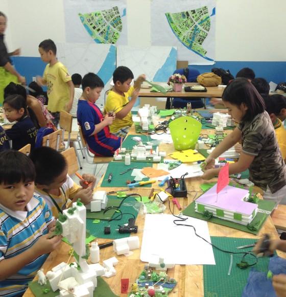 Trẻ em Làng SOS thiết kế TPHCM thông minh, thân thiện ảnh 2