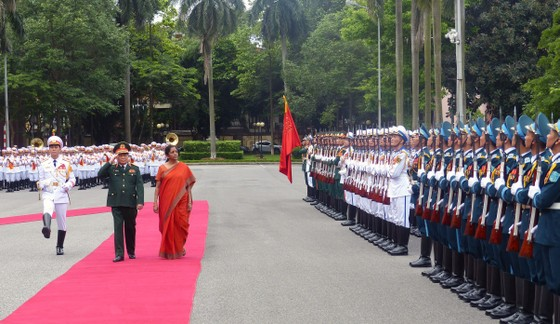 Việt Nam và Ấn Độ tăng cường hợp tác quốc phòng ảnh 1