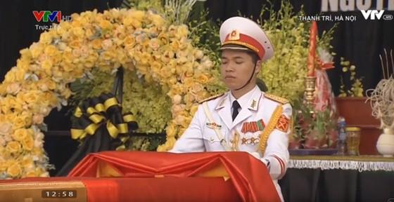 Quê nhà đón linh cữu nguyên Tổng Bí thư Đỗ Mười về nơi an nghỉ cuối cùng ảnh 16