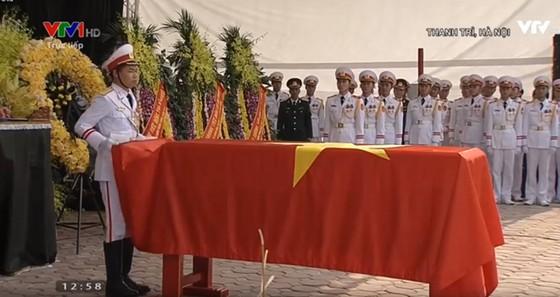 Quê nhà đón linh cữu nguyên Tổng Bí thư Đỗ Mười về nơi an nghỉ cuối cùng ảnh 15