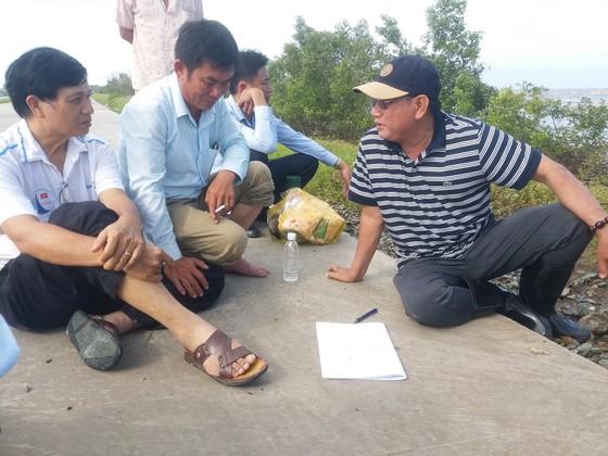 Khẩn cấp cứu hộ đê biển Tây tỉnh Cà Mau ảnh 2