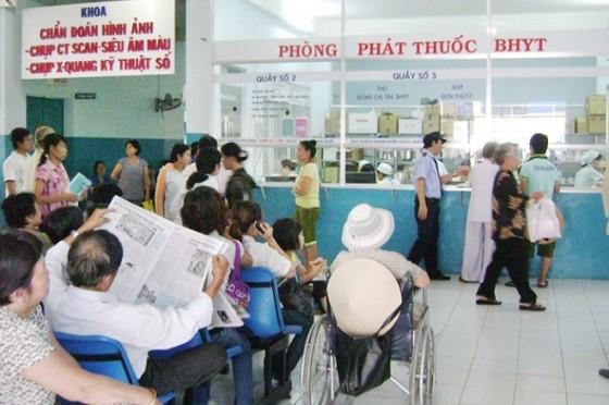 Điều chỉnh giá dịch vụ y tế từ ngày 15-7: Bệnh viện giảm nguồn thu, bệnh nhân hưởng lợi? ảnh 2
