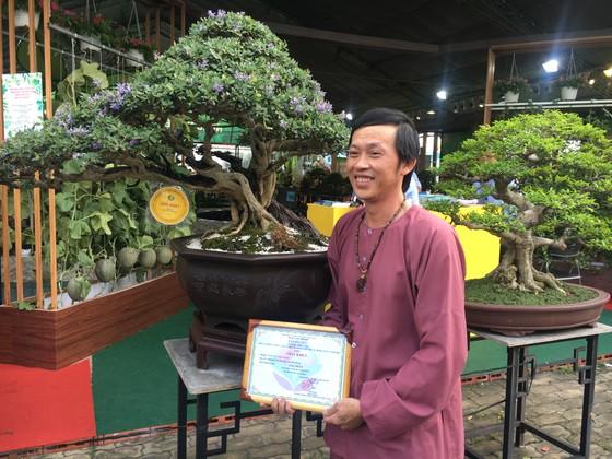Nghệ sĩ Hoài Linh đoạt giải nhất cuộc thi cây Bonsai ảnh 4