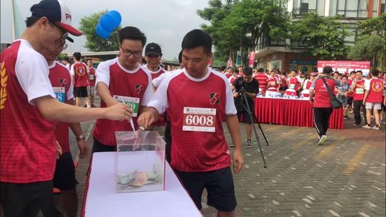 Chạy bộ gây quỹ từ thiện cho bệnh nhi có hoàn cảnh khó khăn ảnh 1