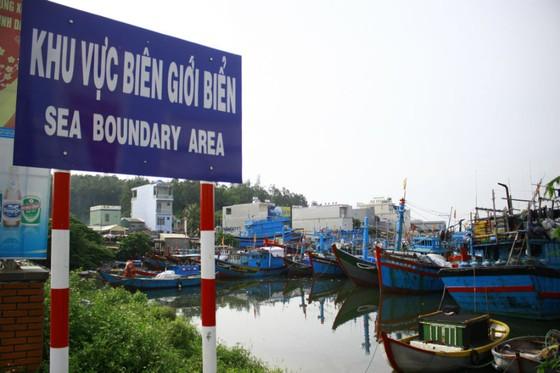 Quảng Ngãi: Cắm mốc khu vực biên giới biển ảnh 1