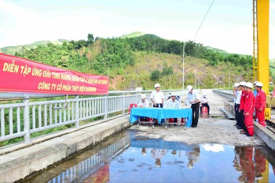 Quảng Ngãi: Rà soát an toàn hồ đập và phương tiện tàu thuyền trên biển ảnh 4