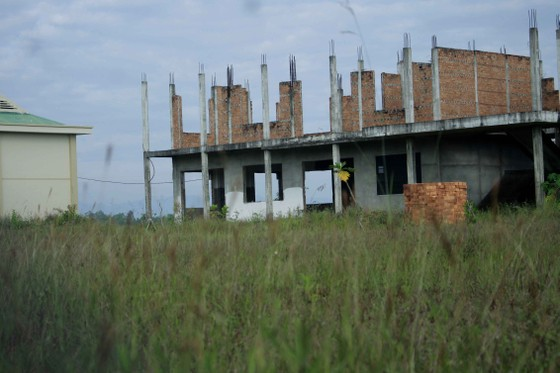 Quảng Ngãi:  Trung tâm dạy nghề kiểu mẫu 5 năm vẫn chưa xây xong ảnh 4
