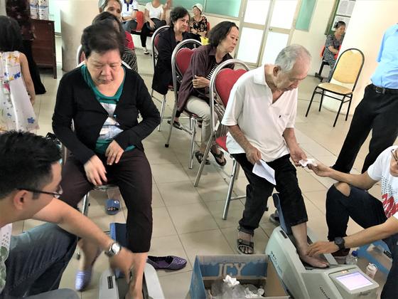 Gần 2.000 người cao tuổi được hỗ trợ chăm sóc sức khỏe ảnh 2