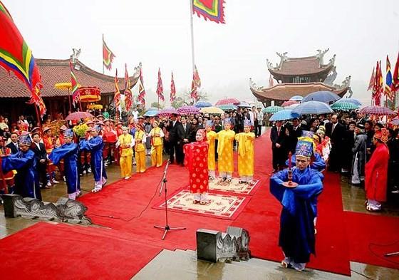 Giỗ Tổ Hùng Vương - Lễ hội Đền Hùng năm 2018 diễn ra 5 ngày ảnh 1