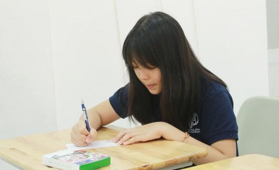 """Hệ thống giáo dục NHG lan tỏa sống đẹp với bộ flashcard """"52 tuần sống đẹp""""  ảnh 2"""