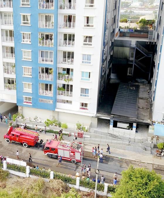 Sau vụ cháy chung cư Carina, thị trường căn hộ chậm lại ảnh 1