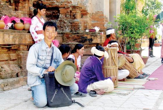 Họa sĩ Trần Văn Hải: Dấu ấn riêng từ tranh thủy mặc ảnh 2
