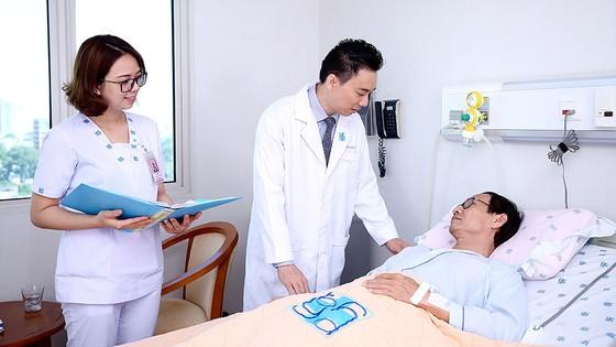 Vị bác sĩ chọn lối đi riêng ảnh 1