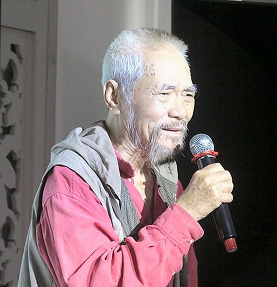 Tác giả Em ơi Hà Nội phố ra mắt tập thơ Ta còn em ảnh 1