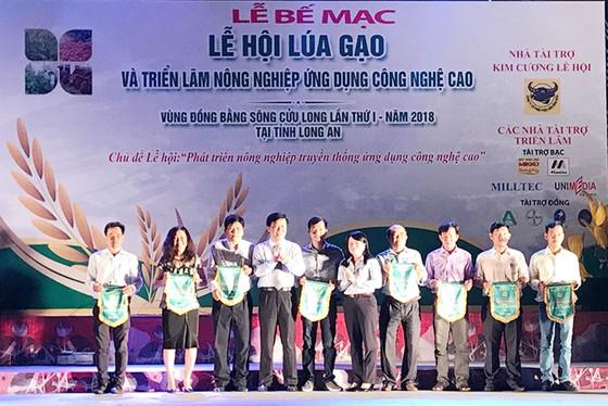 """Hội thi """"Lúa sạch, gạo thơm, cơm ngon"""" năm 2018: Vì giá trị thương hiệu gạo Việt ảnh 1"""