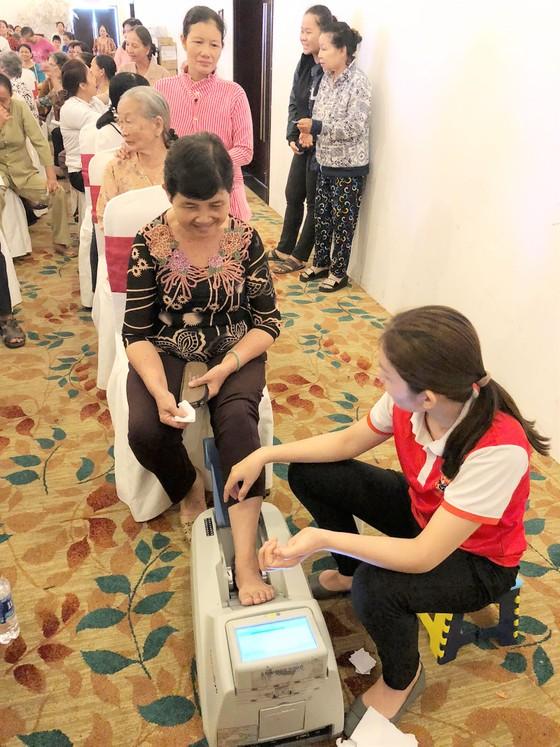 Hơn 1 triệu bệnh nhân và người cao tuổi sẽ được hỗ trợ chăm sóc sức khoẻ ảnh 1
