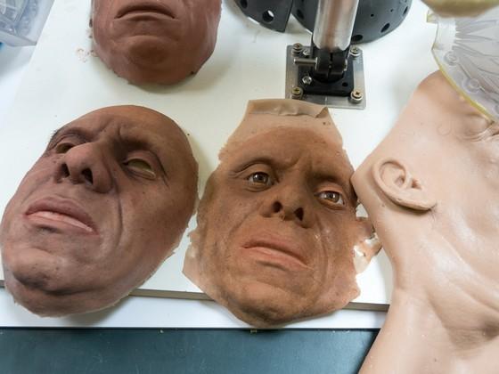 英國科學家製造出超逼真機器人 ảnh 2
