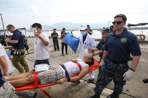 Việt Nam, Hoa Kỳ diễn tập cứu nạn và ứng phó sự cố tràn dầu trên sông ảnh 3