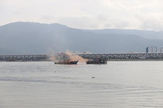 Việt Nam, Hoa Kỳ diễn tập cứu nạn và ứng phó sự cố tràn dầu trên sông ảnh 1