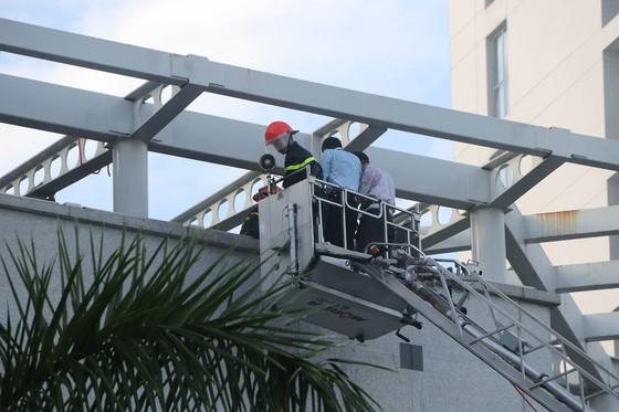 Lần đầu tiên diễn tập chữa cháy toà nhà Trung tâm hành chính TP Đà Nẵng ảnh 8