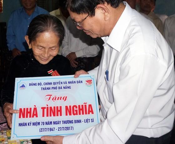 Đà Nẵng tặng 70 ngôi nhà tình nghĩa cho gia đình chính sách tỉnh Quảng Nam  ảnh 1
