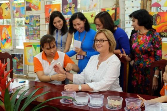 Phu nhân Tổng thống Peru thăm Trung tâm Cung cấp dịch vụ Công tác xã hội Đà Nẵng ảnh 2