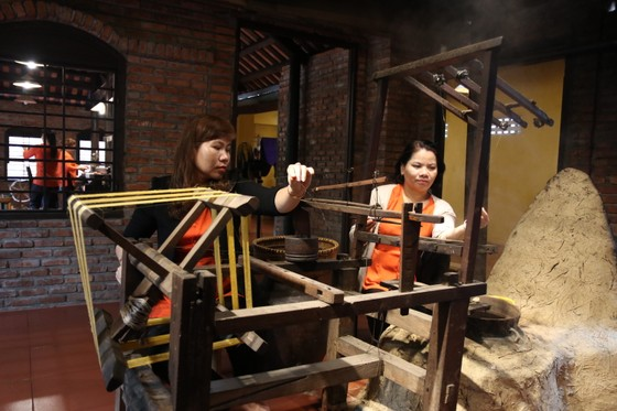 """Tìm giải pháp """"cứu"""" nghề ươm tơ, dệt lụa truyền thống Quảng Nam  ảnh 5"""