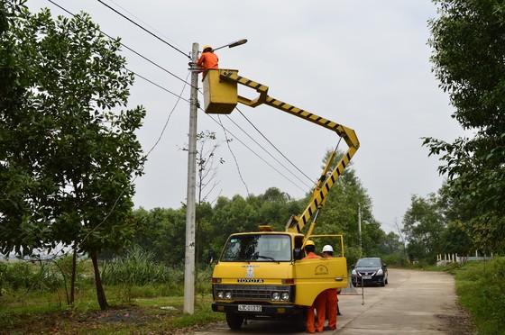Điện lực miền Trung đảm bảo cung ứng điện phục vụ Tết Nguyên đán ảnh 1