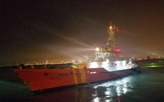 Cứu thuyền viên nước ngoài bị nhồi máu cơ tim ở vùng biển Hoàng Sa  ảnh 1