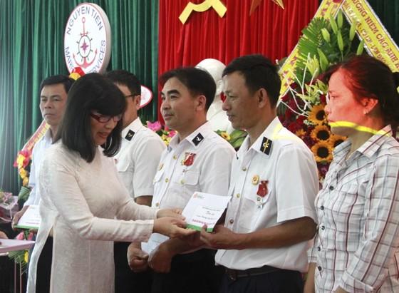 Tưởng niệm và tri ân các chiến sĩ hy sinh trên đảo Gạc Ma ảnh 4