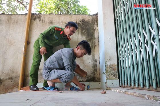 Lậm Đồng: Thực nghiệm hiện trường vụ cài mìn trước nhà dân ảnh 4