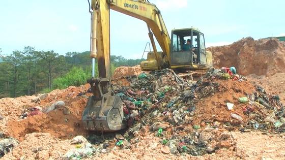 Nhà máy xử lý chất thải rắn Đà Lạt chôn trái phép hàng chục ngàn tấn rác ảnh 4