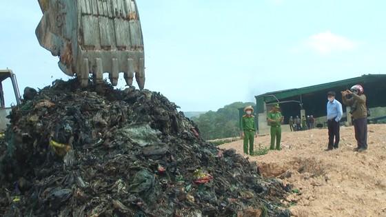 Nhà máy xử lý chất thải rắn Đà Lạt chôn trái phép hàng chục ngàn tấn rác ảnh 1